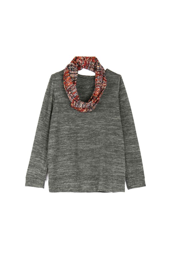 TEXTURED TOP WITH SNOOD