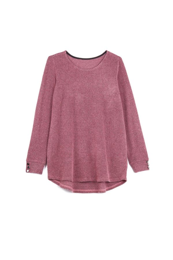 TEXTURED KNIT TOP