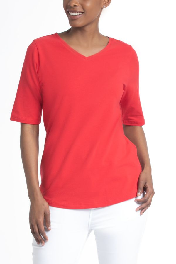 V-NECK ESSENTIAL T-SHIRT