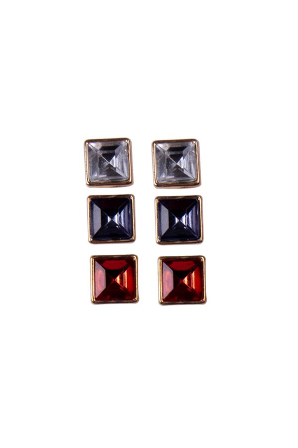 3 PACK SQUARE STUDS